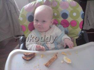 babyeatingeggandtoast